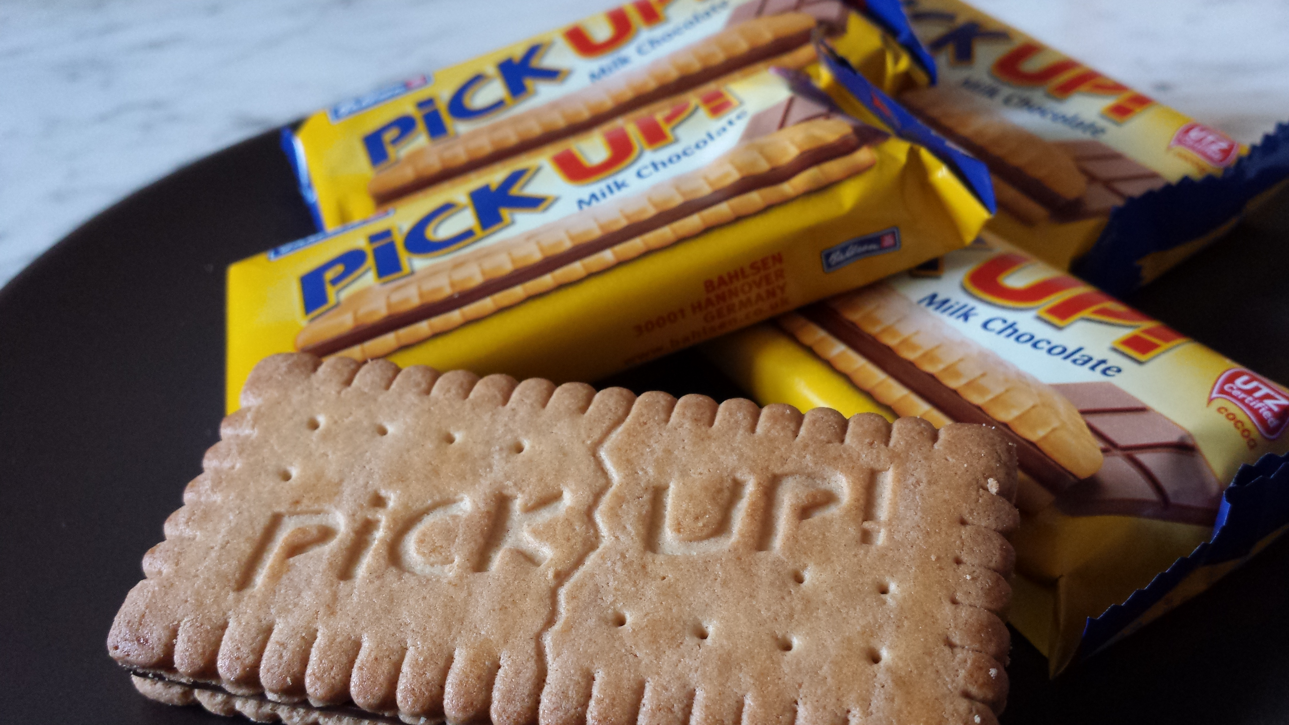 Bahlsen PICK UP! Chocolate Biscuit Bar – Review