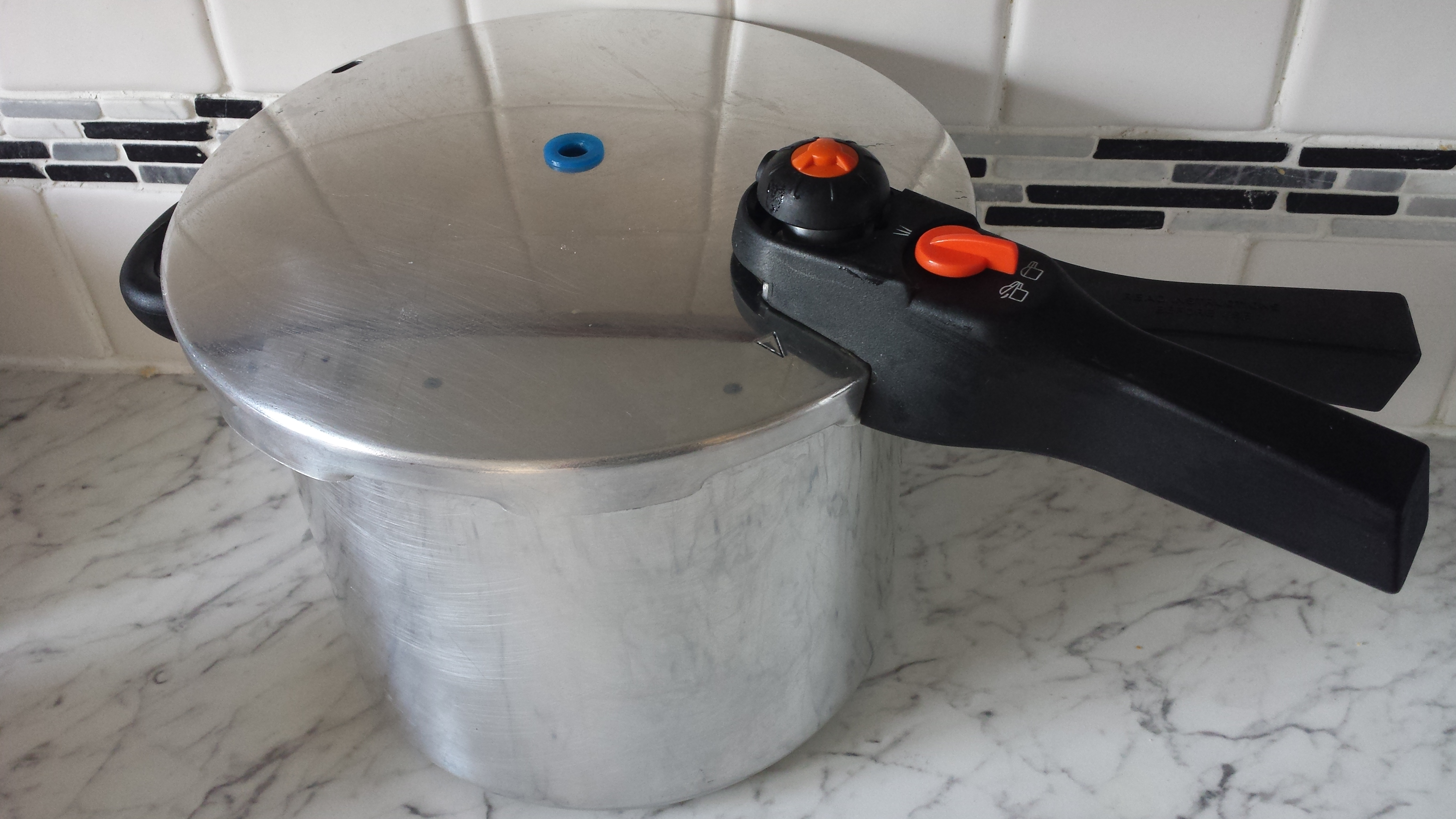 Stainless steel pressure cooker (Robert Dyas) review
